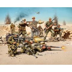 REVELL - Infantaria do Afrika Corps do exército alemão na Segunda Guerra Mundial (figuras) - 1/72