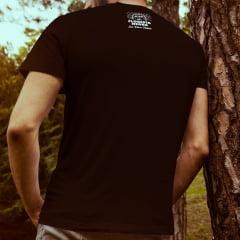 Camiseta T-SHIRT We Love House Music da Marca Floresta Negra Disco Virtual Cor Preta